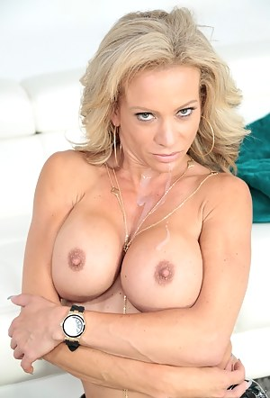 Free Fake Tits Moms Porn Pictures