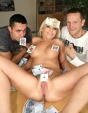 Free Moms Money Porn Pictures